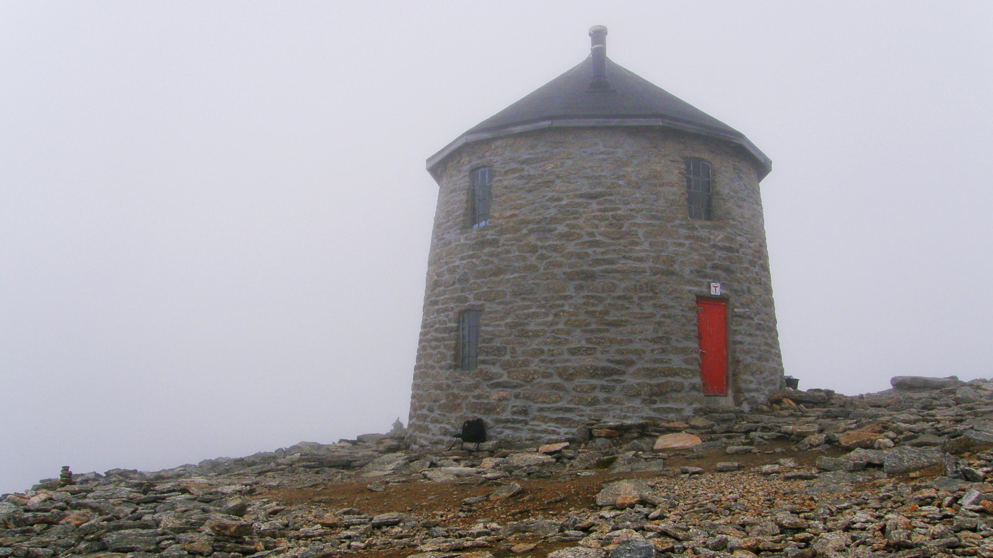 The tower at Mount Skaala by francis1ari