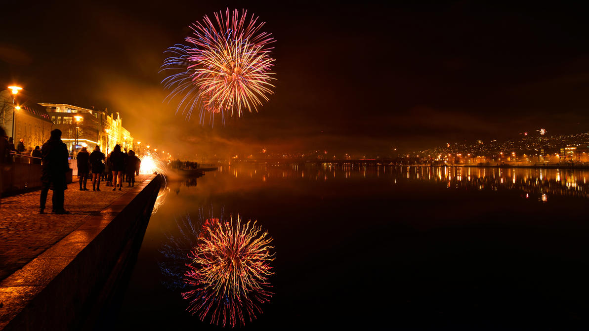 Fireworks! by francis1ari