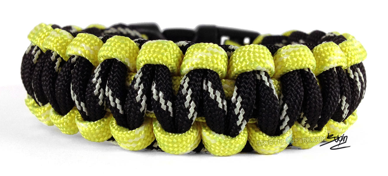 The scorpion glow in the dark paracord bracelet by for Paracord wallpaper