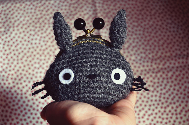 Amigurumi Totoro : Totoro purse by sumire art on deviantart