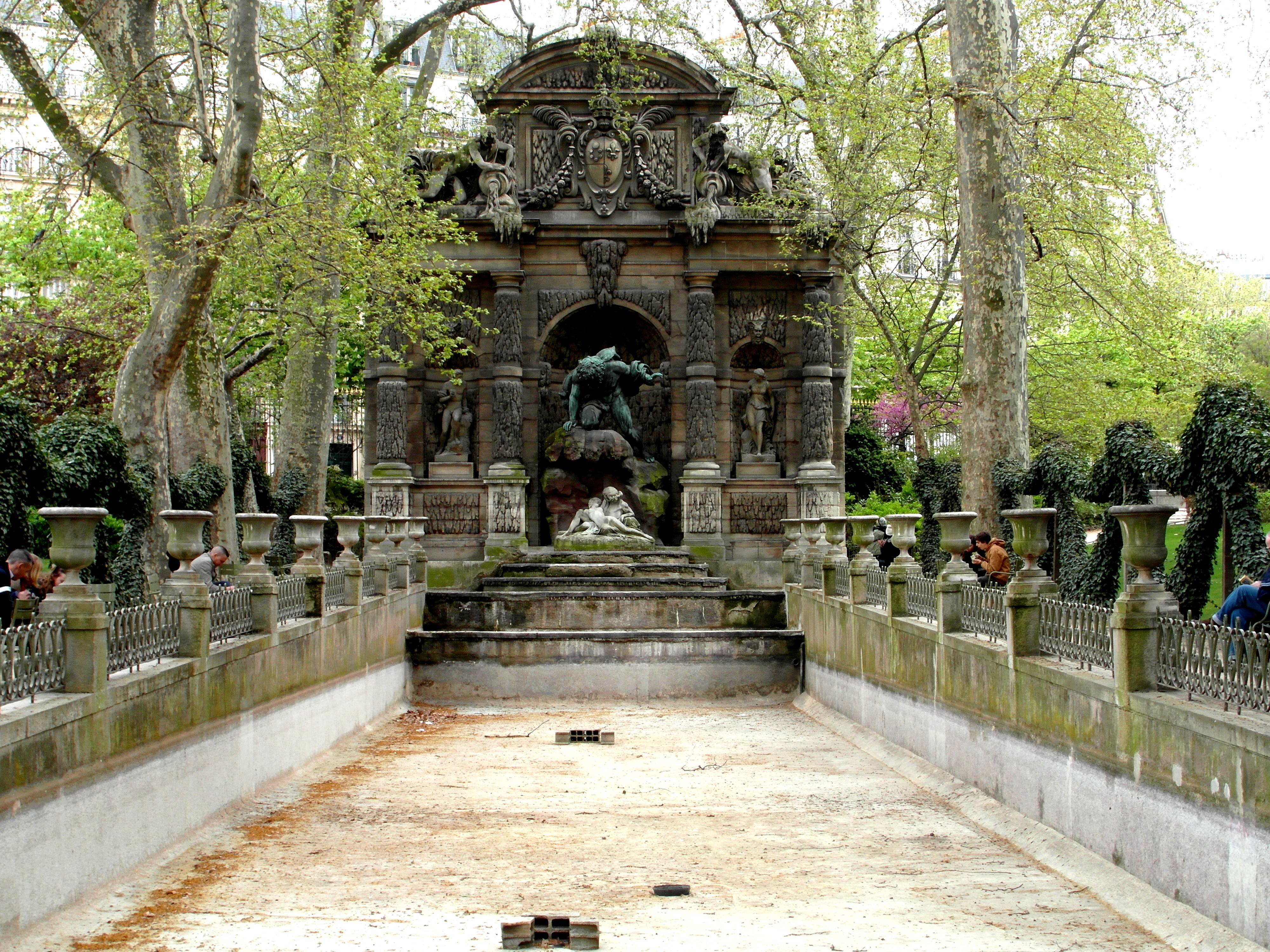 Jardin du luxembourg fontaine medicis by letter from for Art du jardin zbinden sa