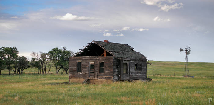 Farmhouse on the Colorado Plains 4