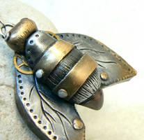 steampunk bee by DesertRubble
