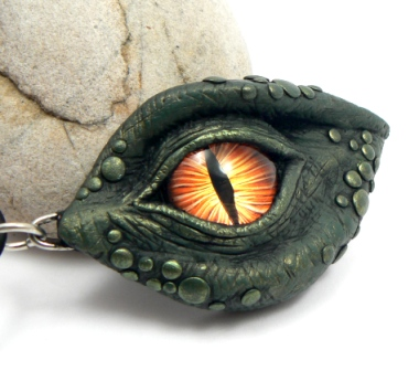 Green Dragon Eye by DesertRubble