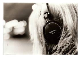 Headphones by Resusan