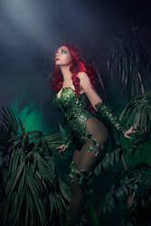 Poison Ivy Cosplay DC Batman