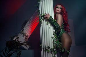 Poison Ivy Cosplay DC Batman