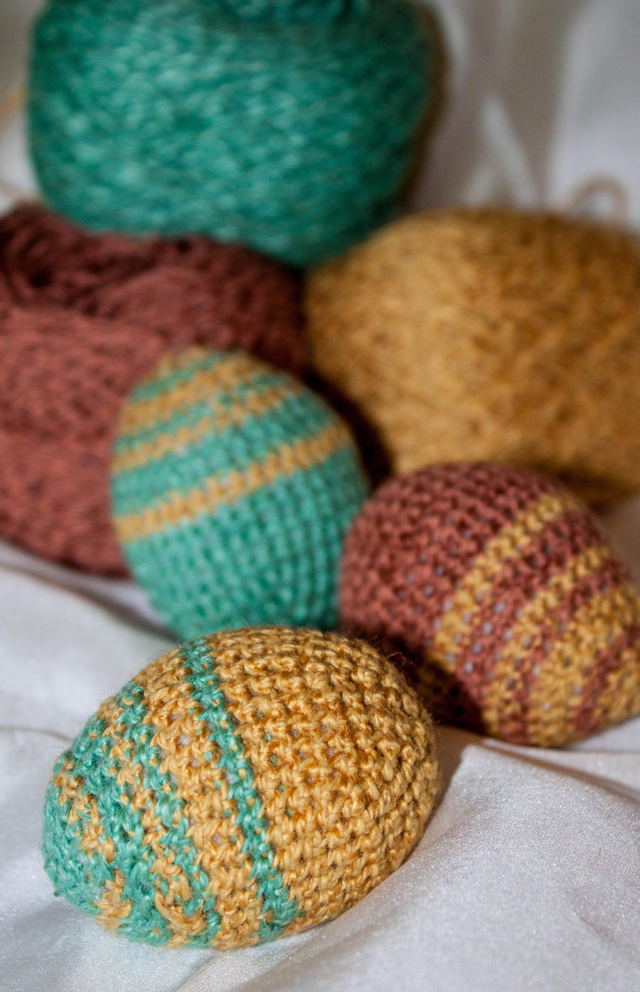 Amigurumi Crochet Egg : Amigurumi Crochet Easter Eggs by esther-rose-mouse on ...
