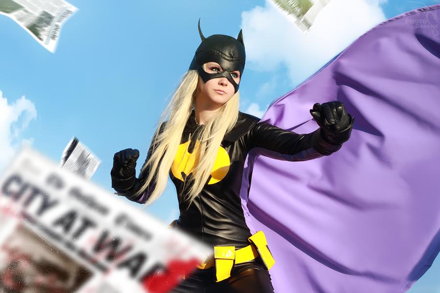 Batgirl by YuuGray