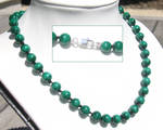 Malachite knotted necklace by inchworm