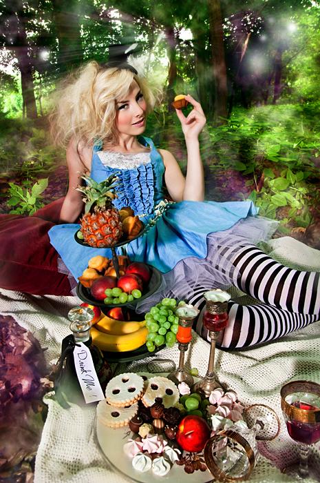 Alice in Kaefertal Nr.2 by Fraeggle