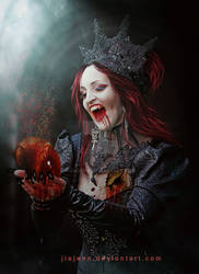 Bleeding Heart by jiajenn