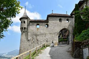 Porte Medievale de la Ville de Gruyeres by LePtitSuisse1912