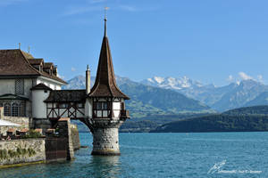 La Tourelle du Lac / The Lake Turret