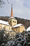 Le clocher de Romainmtier sous la Neige