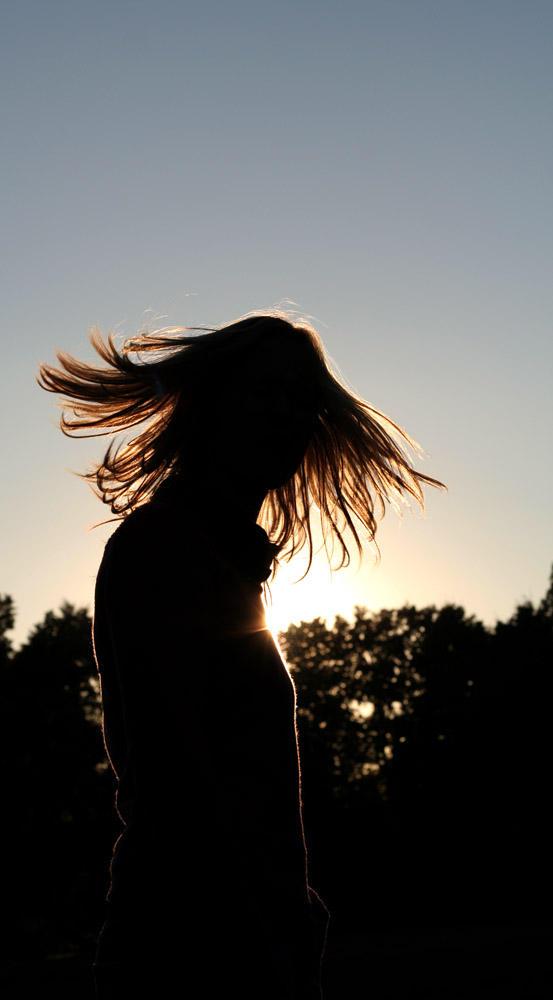 Blowing hair by senfbeu