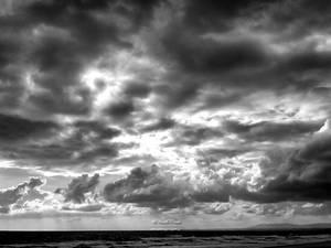 Clouds - bw by NunoPires