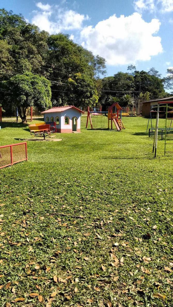 child park grass green house by kernill