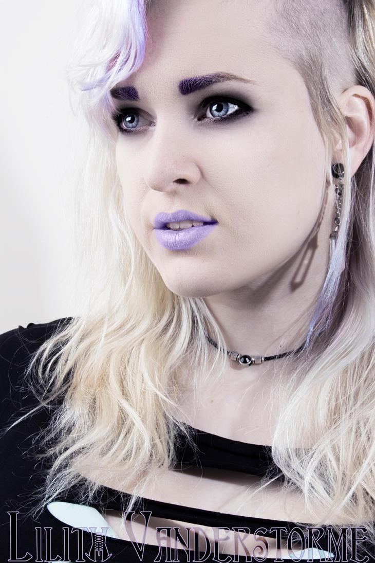 Pastelportrait by Darkashter