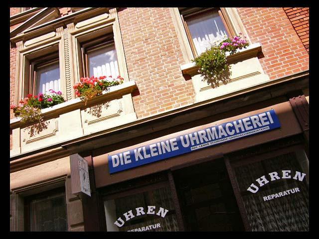 Kleine Uhrmacherei by Aless1984