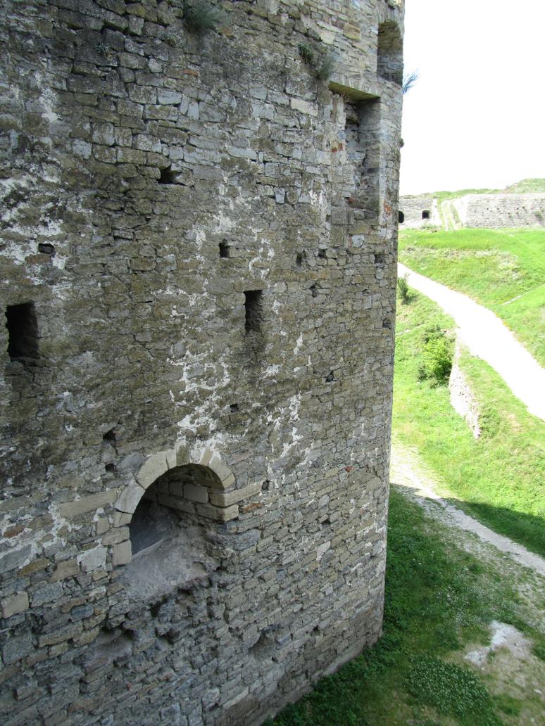 UA - castle exterior by Riibu