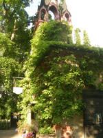 Fancy walled building by Riibu