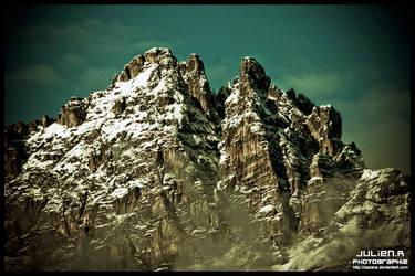 -Montagne- by Zazaka