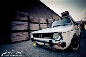 VW Golf Mk1 by Zazaka