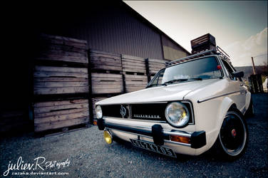 VW Golf Mk1 by Zazaka
