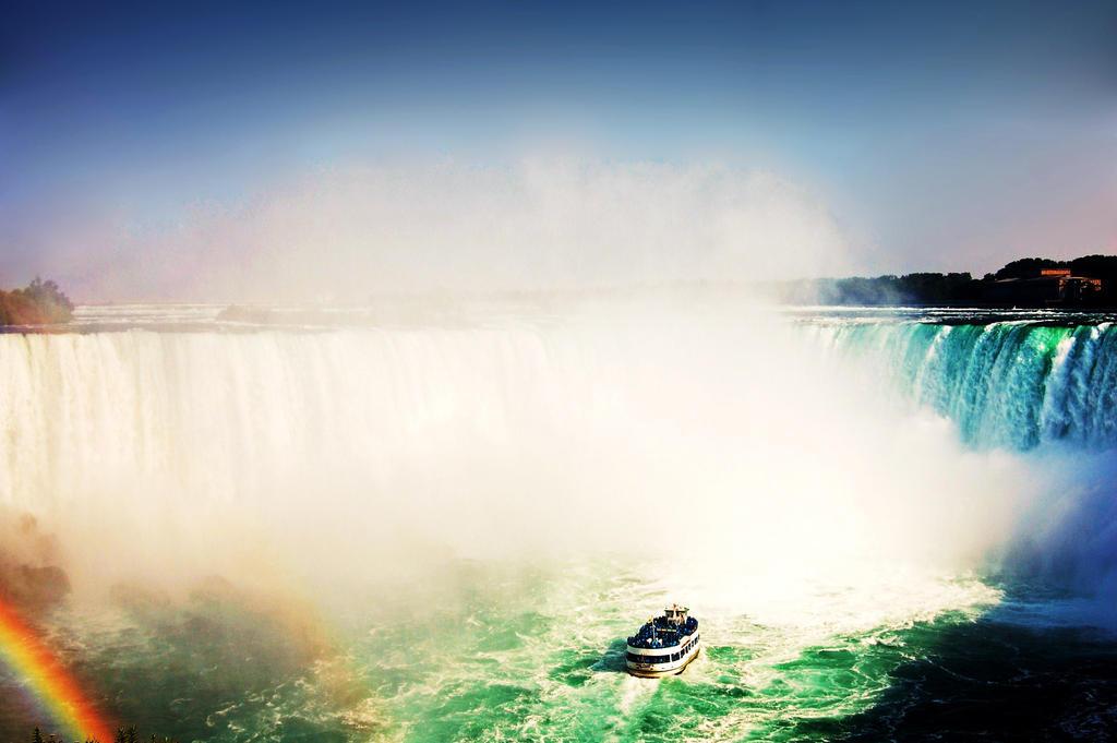 Niagara Falls by Matt-Starr