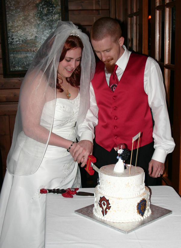 symbolic meaning of wedding cake cutting a warcraft wedding cake cutting ceremony by 20726