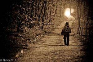 Heading to the Light by VampireKetsuki