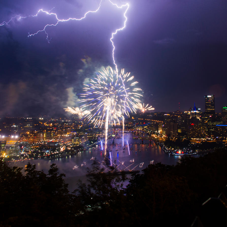 Firework Lightning by VampireKetsuki
