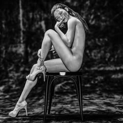 Sitting B/W by paulus99