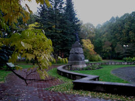 Autumn in park.. by MASYON