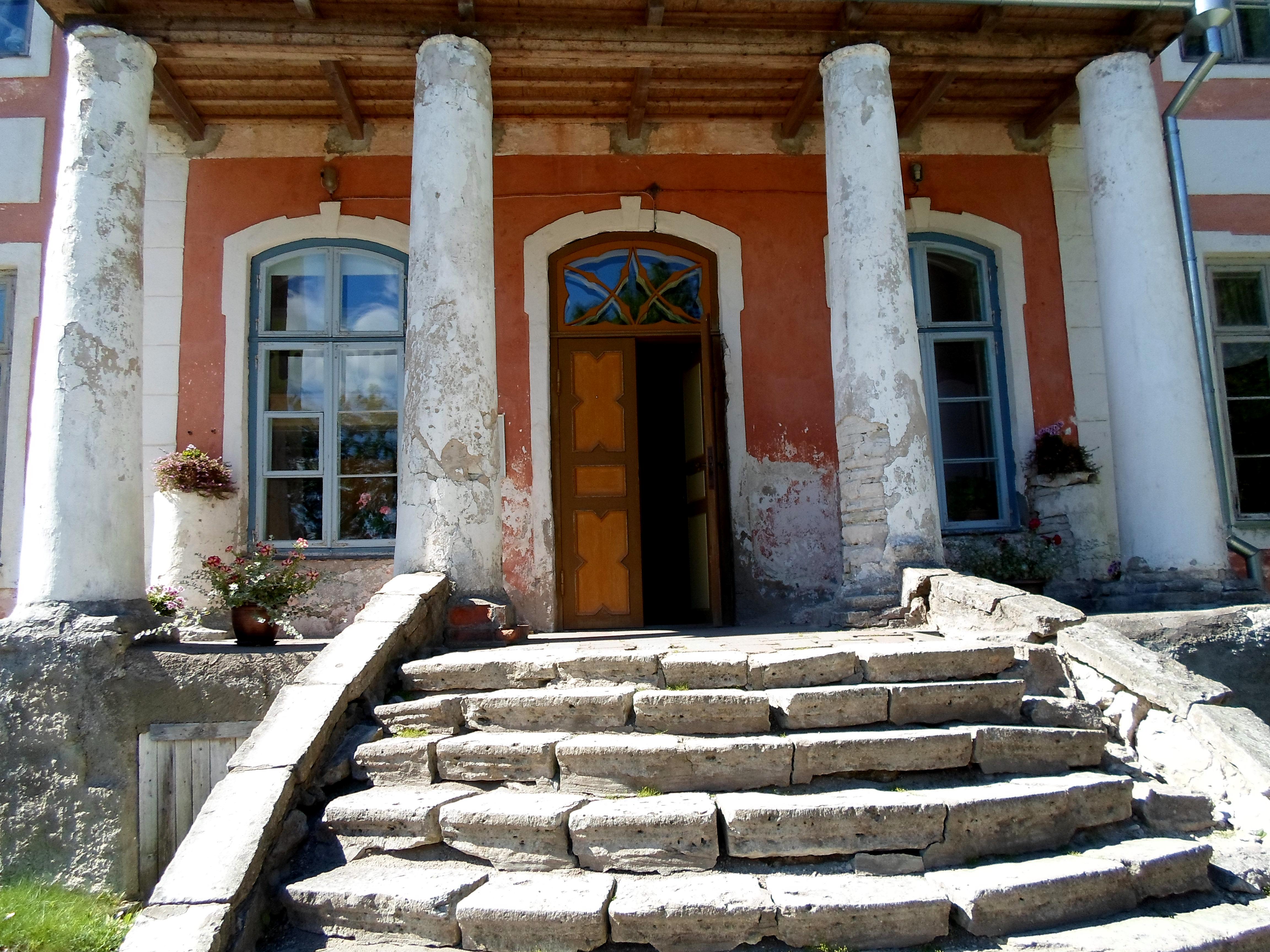 Sargvere Manor 2 by MASYON