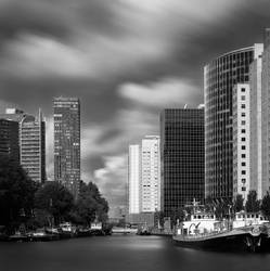 Rotterdam Haven Long Exp by denjazzer