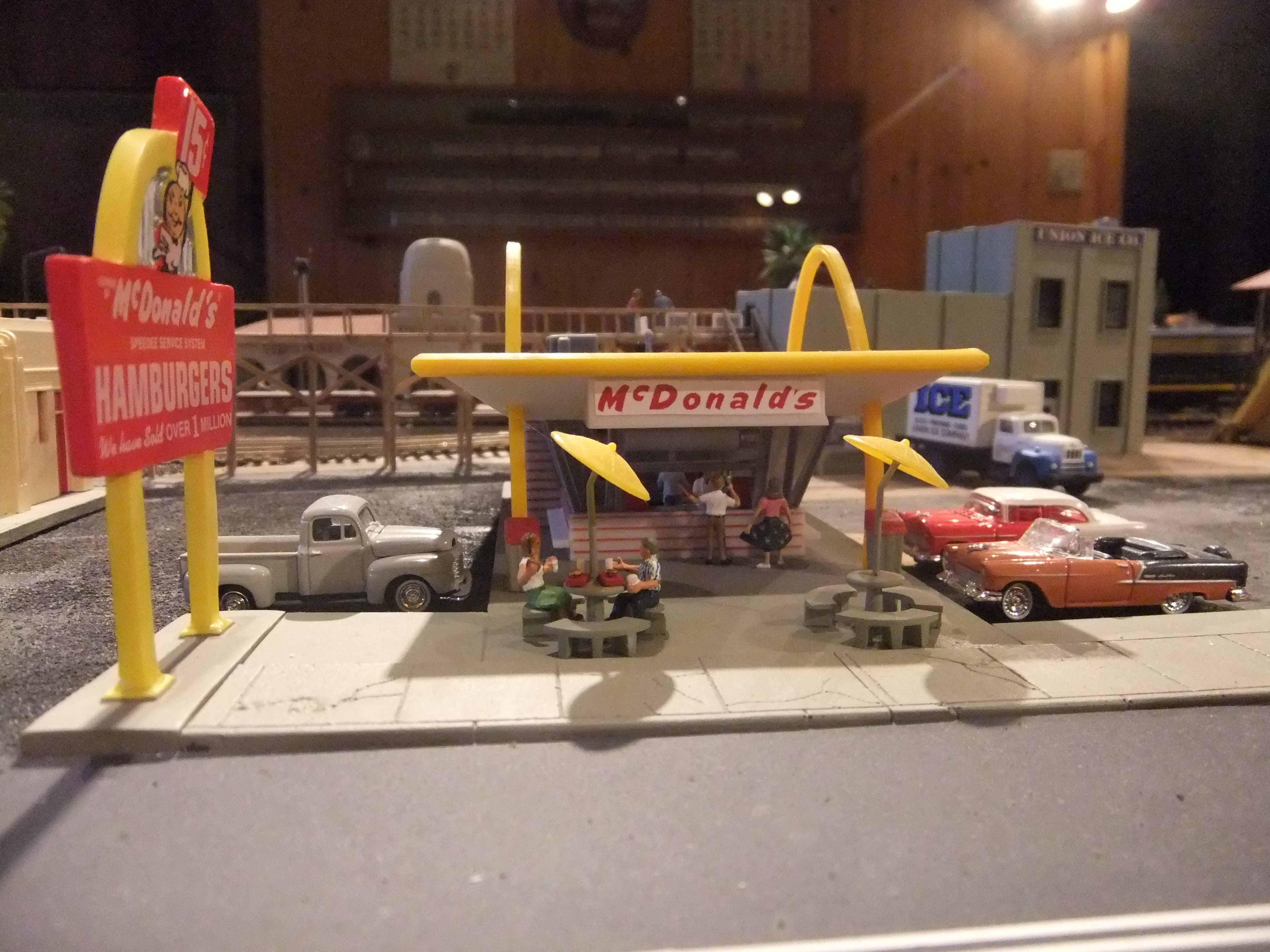 Looking For Ho Scale Mcdonalds Life Like Update Found