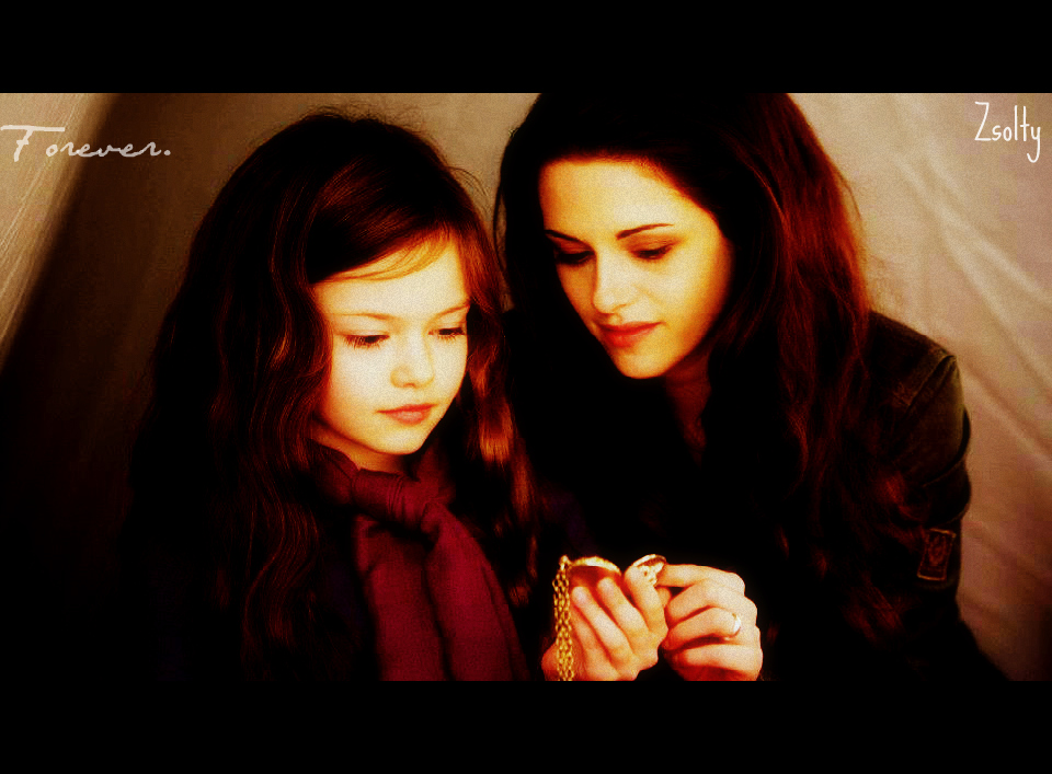 Bella Swan And Renesmee by ZsoltyN on DeviantArt