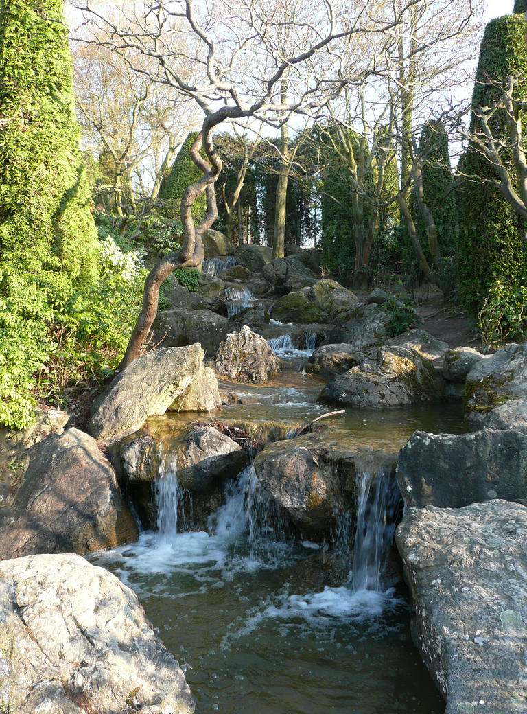 Japanese Garden by CSupernova
