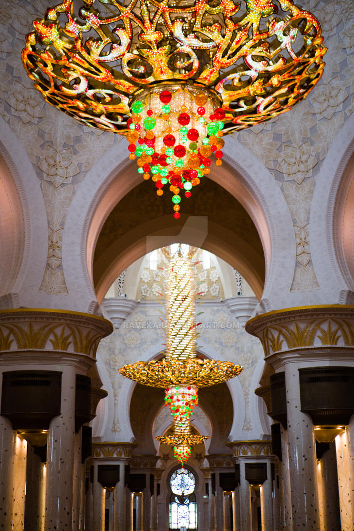 Sheikh Zayed Mosque Interior by raveka