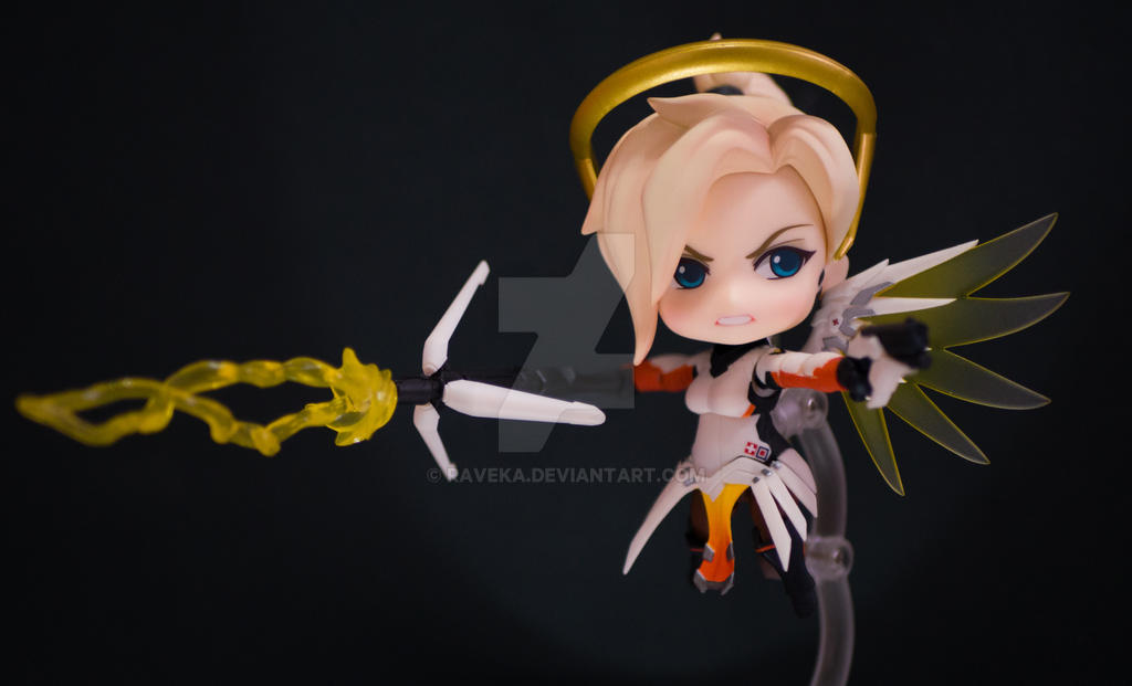 Mercy - Overwatch by raveka