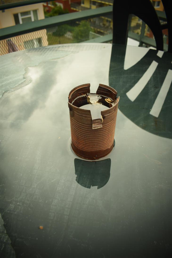 Flooded ashtray by jajafilm