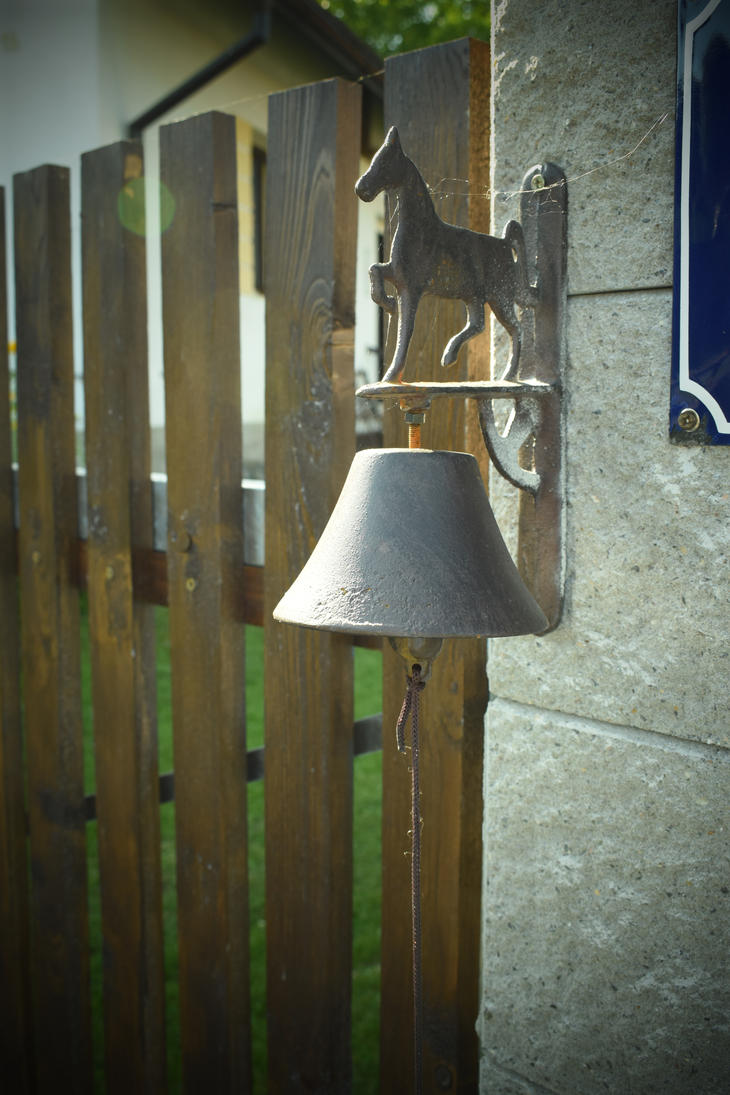 Bell by jajafilm