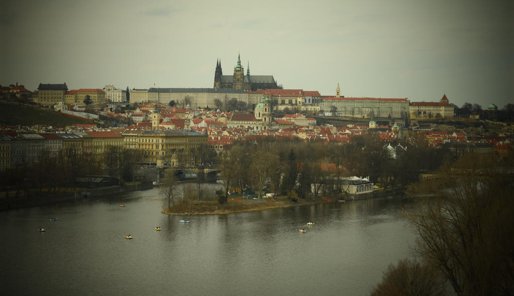 Prague Castle by jajafilm