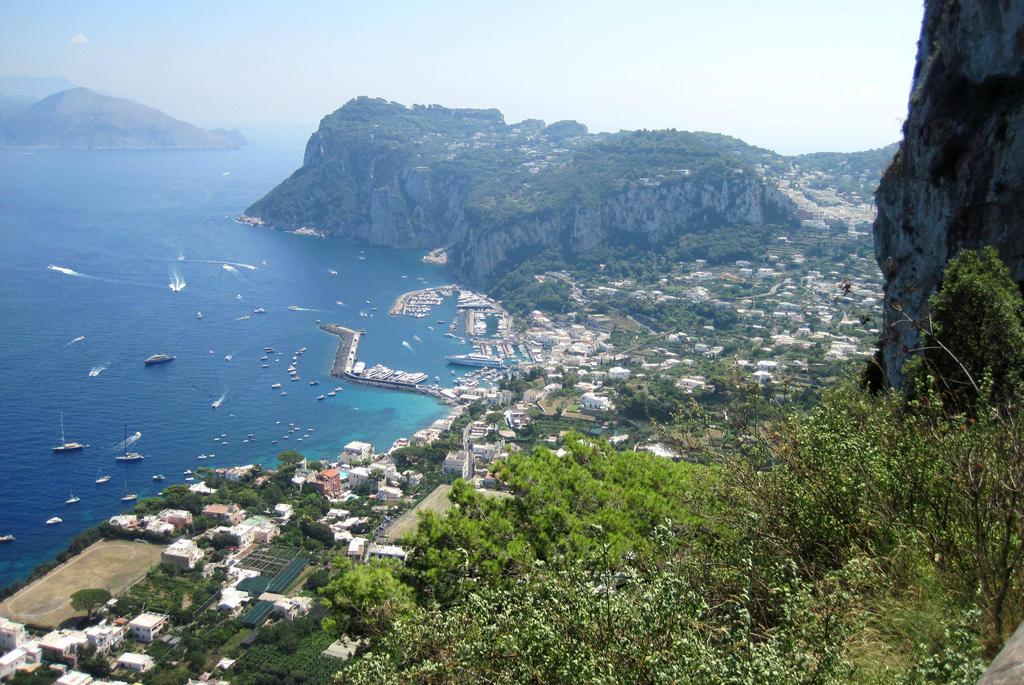Capri by jajafilm