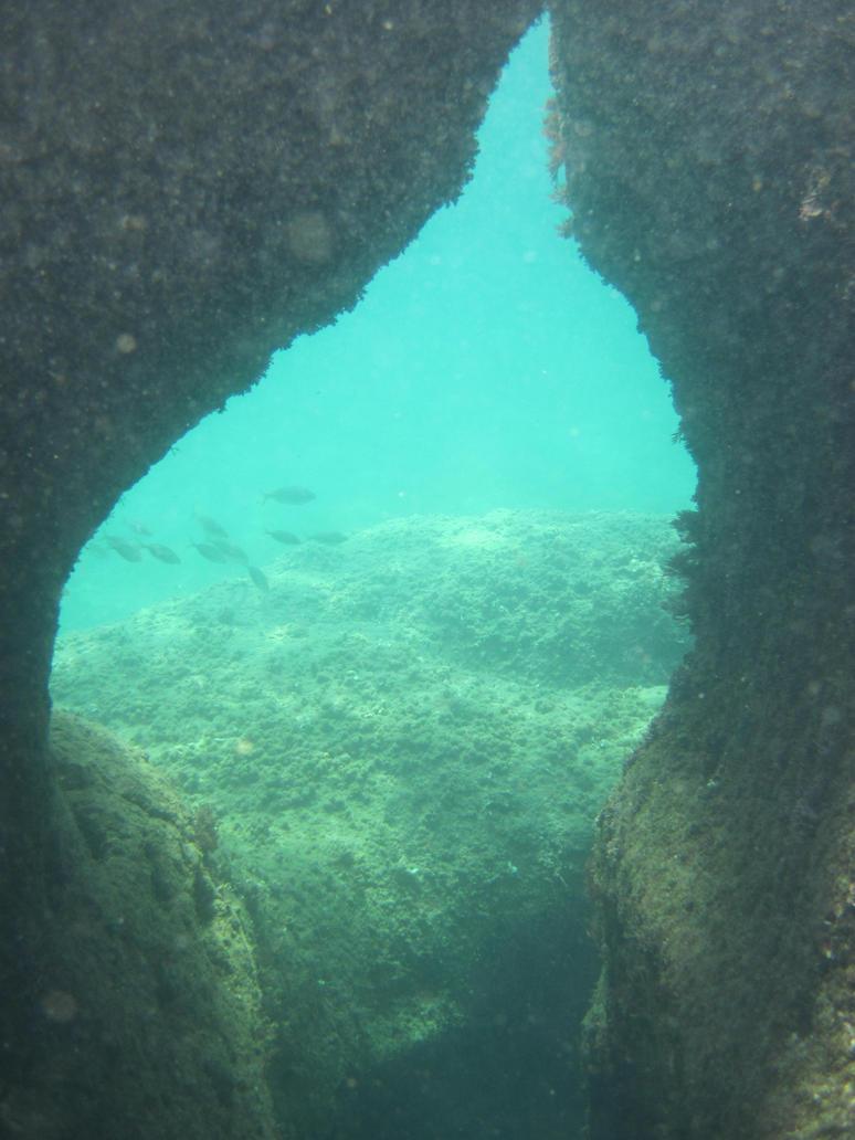 Under water 2 by jajafilm