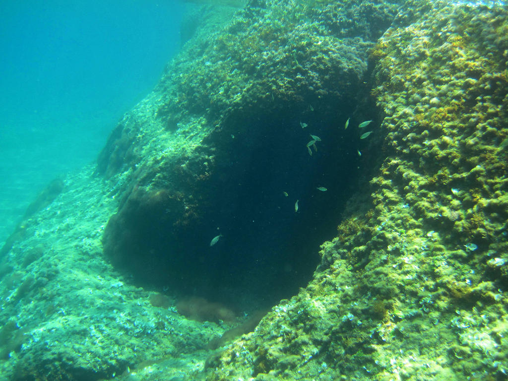 Under water 3 by jajafilm