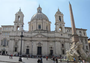 Fountain of the Four Rivers and Sant'Agnese in Ago
