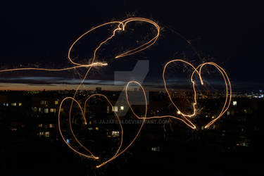 Hearts written with a sparkler 02